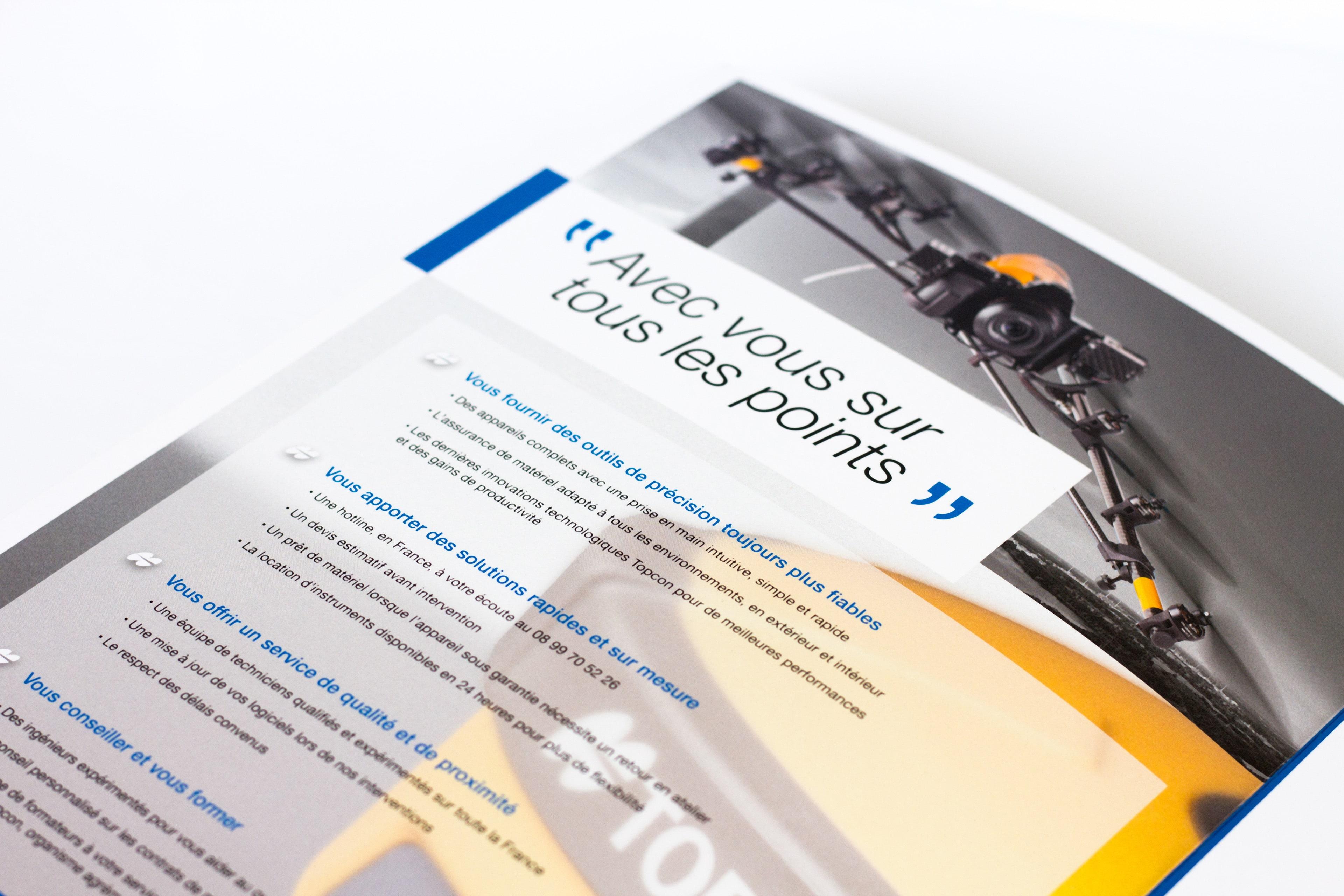 Intérieur de plaquette commerciale TOPCON en introduction